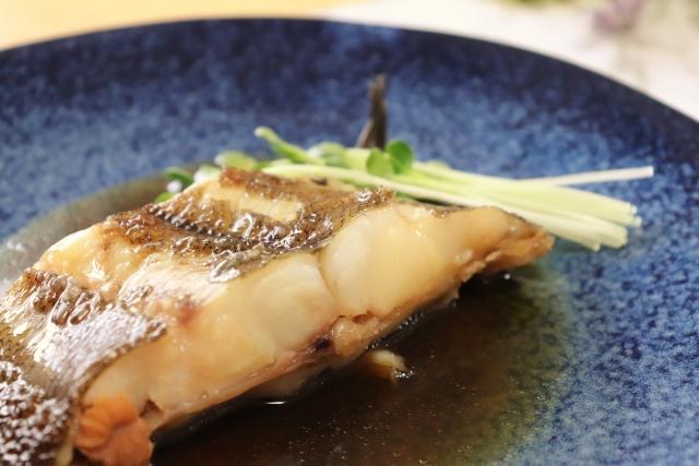 人気 レシピ の カレイ 煮付け 煮込んじゃダメ。「カレイの煮付け」は4つのポイントで失敗なし【魚屋三代目】