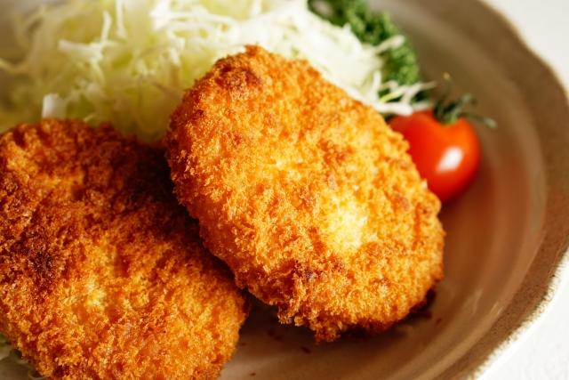 【アリゴ風メンチ釜飯】レシピ