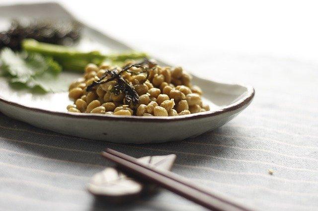 【レタス納豆】レシピ