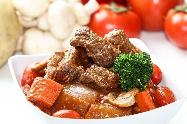 【牛肉とトマトのコクうま炒め】坂本昌行レシピ