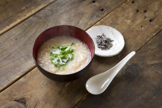 【冷凍ブロッコリーの卵がゆ】リュウジさんレシピ