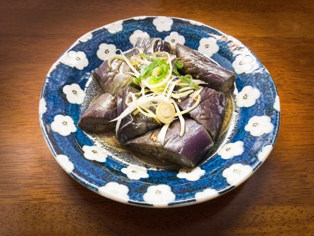 【ナスと厚揚げの赤味噌煮込み】亀山シェフレシピ
